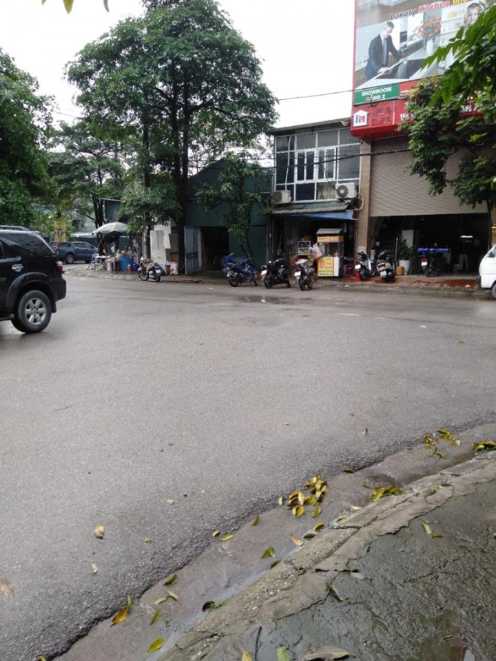 Cho thuê kho 200m2*2 tầng tại Thạch Bàn, Long Biên xe 10 tấn.
