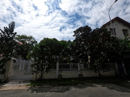Cho thuê biệt thự cao cấp trong khu compound đường nguyễn văn hưởng diện tích 20x20m