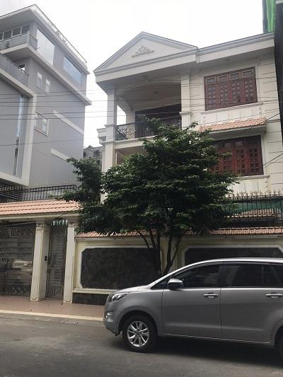 Cho thuê biệt thự đường Huỳnh Lan Khanh quận Tân Bình