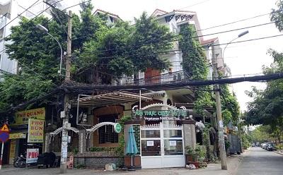 Cho thuê biệt thự góc 2 mặt tiền đường Nguyễn Minh Hoàng Quận Tân Bình 12x23 1 triệt 3 lầu