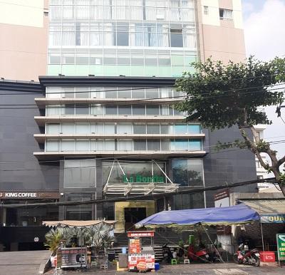 Cho thuê mặt bằng mặt tiền đường Nguyễn Gia Trí D2 diện tích 12x30m