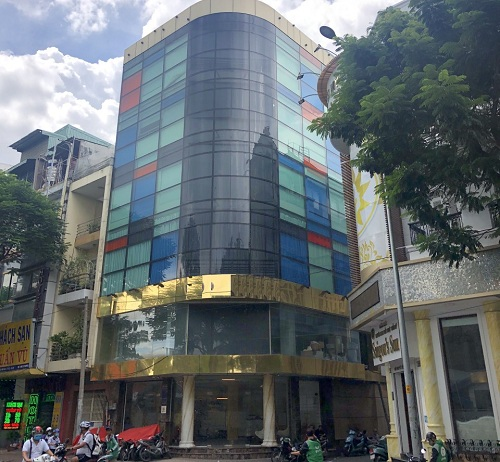 Cho thuê nhà 2 mặt tiền đường Cao Thắng quận 10