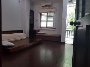 Cho thuê nhà đẹp 2 mặt tiền khu sân bay đường Yên Thế Quận Tân Bình