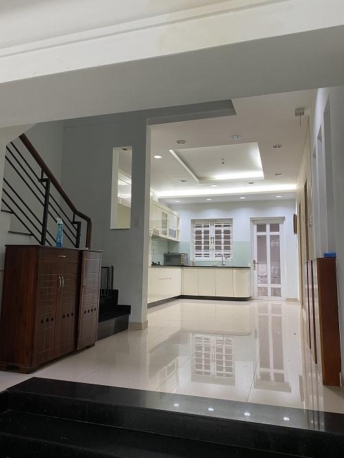 Cho thuê nhà đường Hoàng Kế Viêm K300 Phường 12 Quận Tân Bình