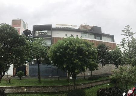 Cho thuê nhà đường Hoàng Việt, quận Tân Bình