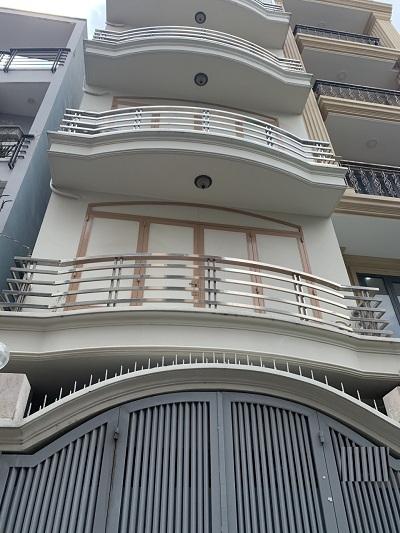 Cho thuê nhà đường Lê Văn Sỹ Phường 14 Quận 3 1 trệt 4 lầu