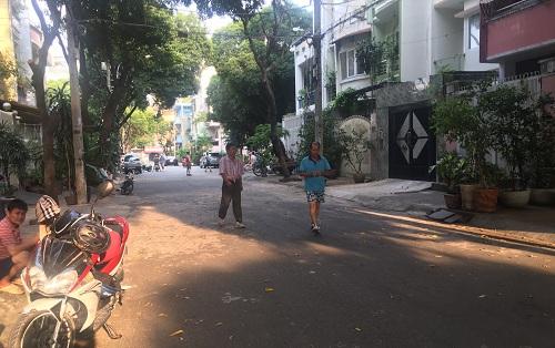 Cho thuê nhà đường Nguyên Hồng quận Bình Thạnh