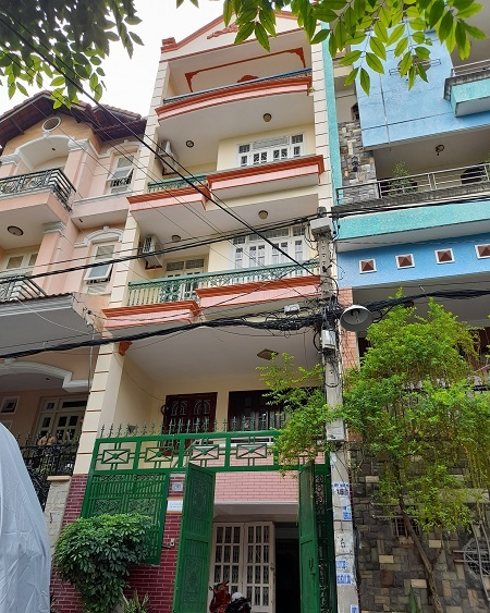 Cho thuê nhà đường Nguyễn Minh Hoàng đối diện công viên xem
