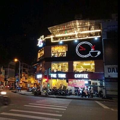 Cho thuê nhà góc 2 mặt tiền đường 3/2 và Lê Hồng Phong Quận 10