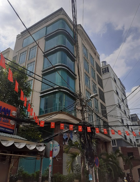 Cho thuê nhà góc 2 mặt tiền đường Nguyễn Sơn Hà quận 3