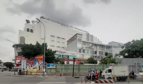 Cho thuê nhà góc 3 MT đường Út Tịch quận Tân Bình