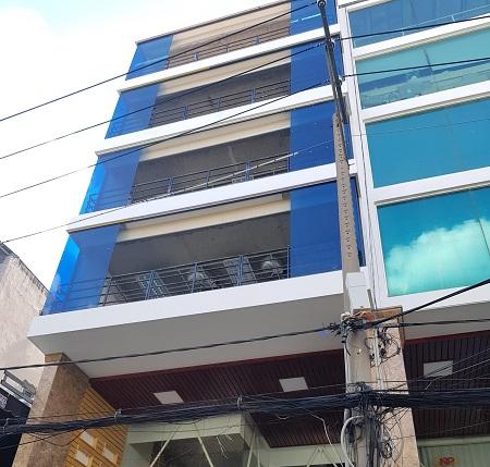 Cho thuê nhà mới cầu thang cuối nhà khu Cộng Hòa phường 13 quận Tân Bình