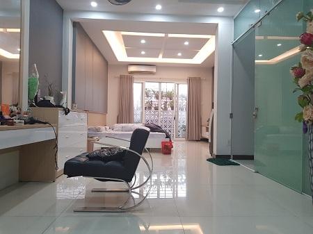 Cho thuê tòa nhà văn phòng khu đường Bàu Cát, quận Tân Bình