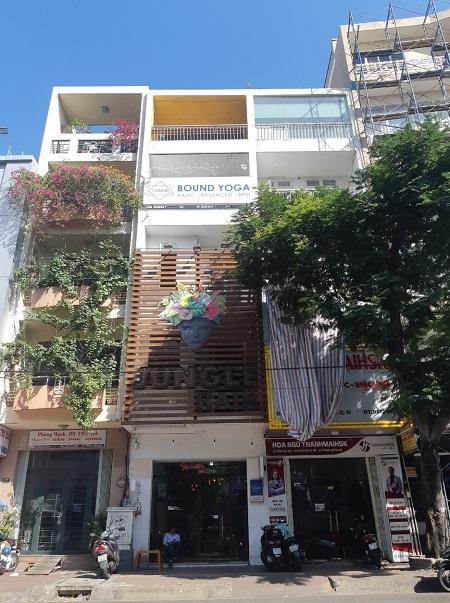 Cho thuê nhà mặt tiền đường Cao Thắng, quận 10