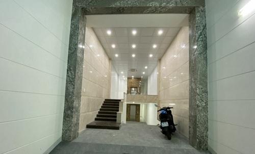 Cho thuê nhà mặt tiền đường Cộng Hoà quận Tân Bình