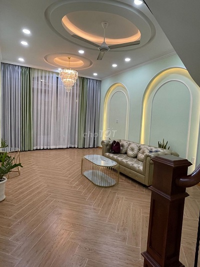 Cho thuê nhà mặt tiền đường Đồng Nai, Phường 2, Quận Tân Bình
