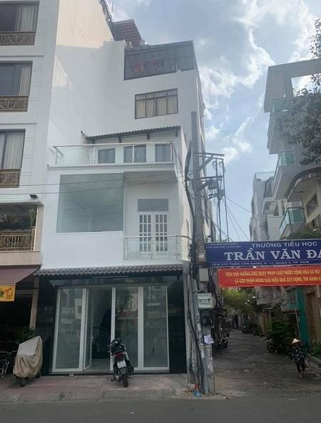 Cho thuê nhà mặt tiền đường Hoàng Sa Quận 3 1 trệt 2 lầu