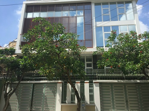 Cho thuê nhà mặt tiền đường Huỳnh Lan Khanh khu sân bay