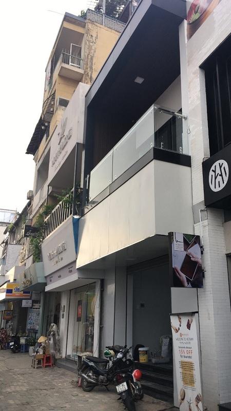 Cho thuê nhà mặt tiền đường Lê Lợi, quận 1