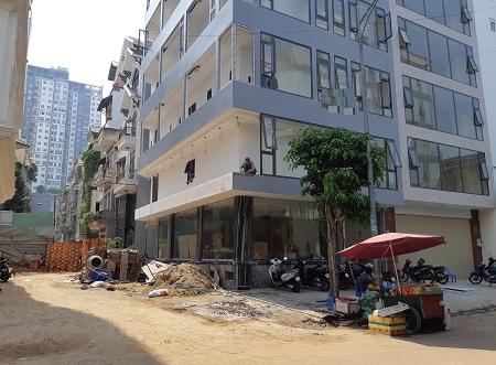 Cho thuê nhà 2 mặt tiền đường Lý Thường Kiệt, quận 10