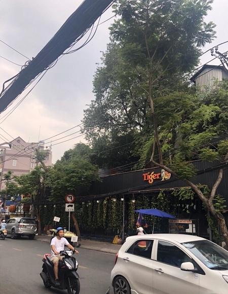 Cho thuê nhà góc 2 mặt tiền đường Phạm Văn Hai và Bùi Thị Xuân quận Tân Bình