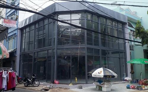 Cho thuê nhà mặt tiền đường Văn Chung quận Tân Bình