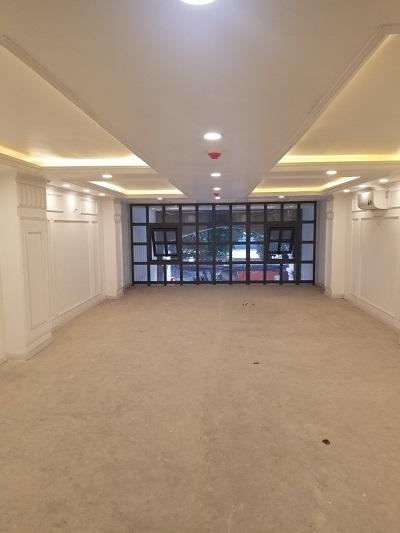 Cho thuê tòa nhà mặt tiền đường Yên Thế quận Tân Bình