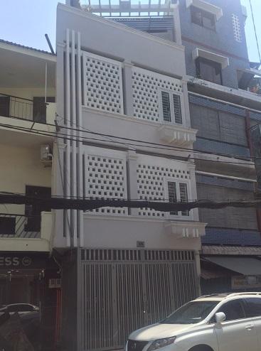 Cho thuê nhà nguyên căn mặt tiền đường Nguyễn Văn Nguyễn, Quận 1