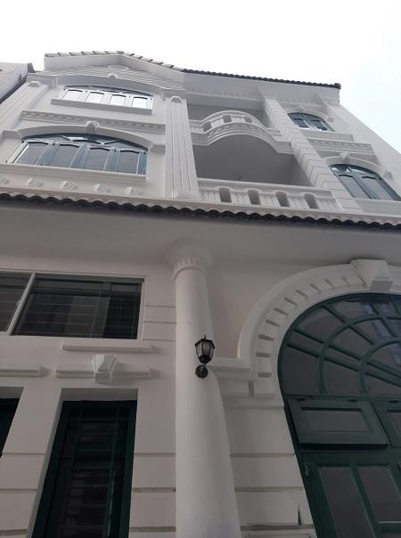 Cho thuê nhà quận Bình Thạnh, mặt tiền đường Trường Sa