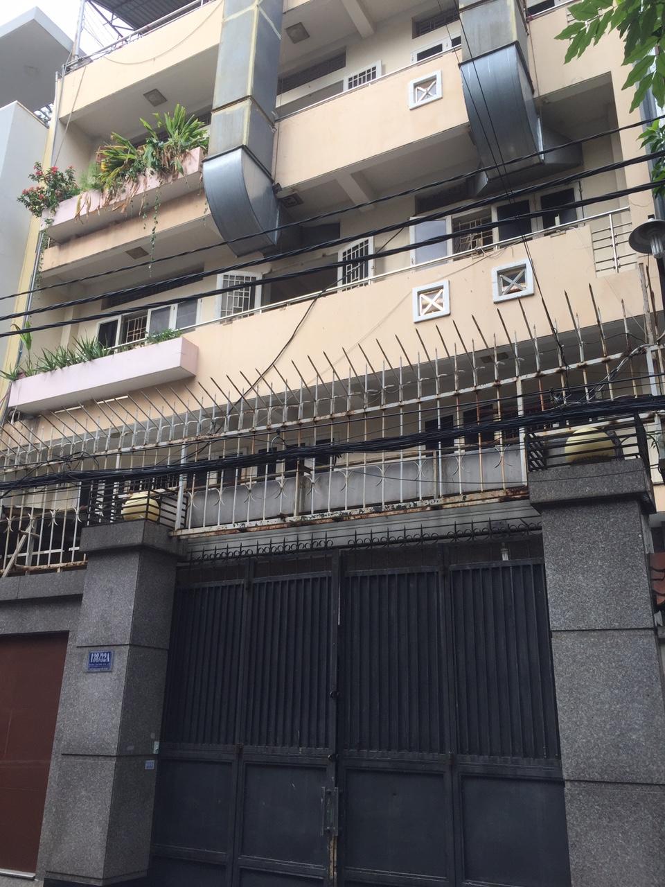 Nhà mặt tiền 15x23m2 giá 100tr/tháng đường Trương Công Định quận Tân Bình