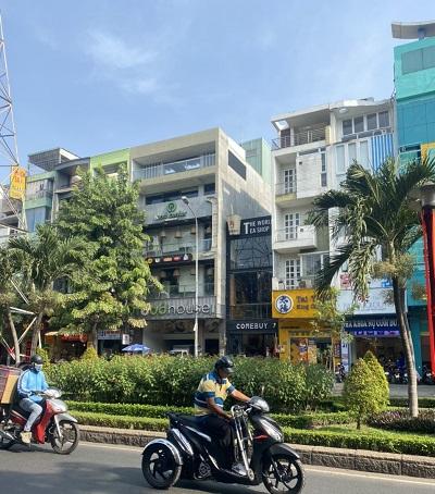 Cho thuê nhà trống suốt mặt tiền đường Phan Xích Long