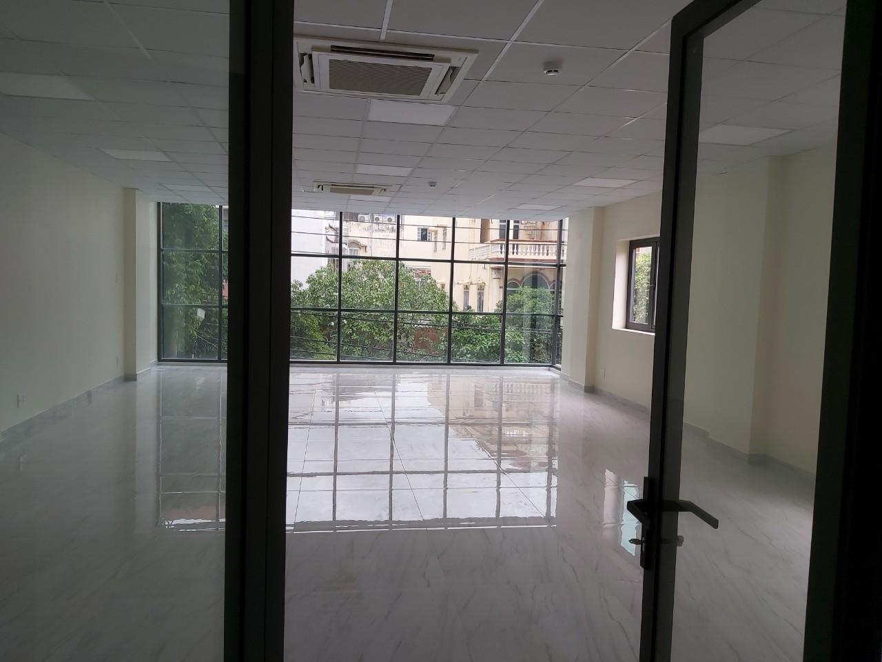 Cho thuê tòa nhà văn phòng mới 100% mặt tiền đường Lam Sơn  quận tân bình