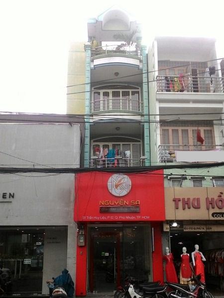 Có nhà cho thuê nguyên căn mặt tiền đường Trần Huy Liệu quận Phú Nhuận