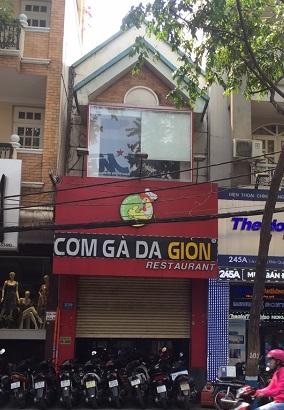 Có nhà cho thuê nguyên căn mặt tiền đường Trần Quang Khải, Quận 1