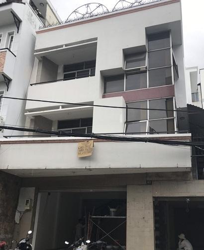Nhà cho thuê nguyên căn mặt tiền Hồ Bá Kiện quận 10