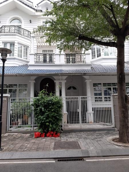 Cho thuê biệt thự khu saigon pearl đường Nguyễn Hữu Cảnh quận Bình Thạnh