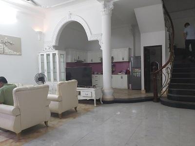 Thuê nhà quận Tân Bình nhà nguyên căn đường Nguyễn Cảnh Dị